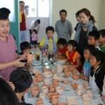 キッズカレッジ「子ども陶芸教室」を開催