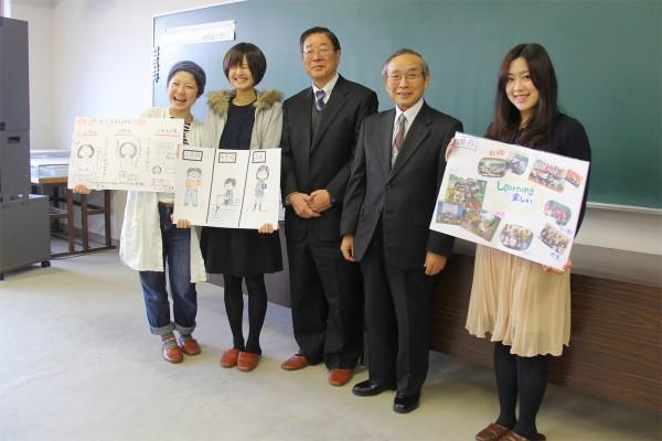 新潟青陵高校の宮沢稔校長(左から4人目)と記念撮影