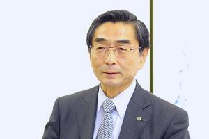鈴木佳秀 学長
