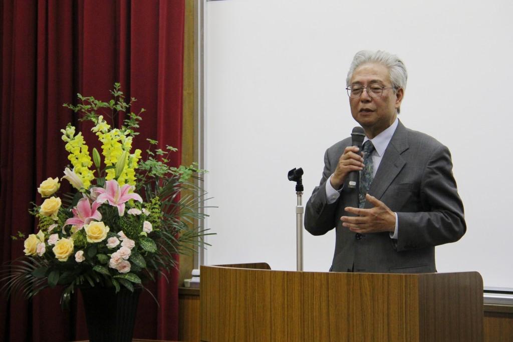 藤田英典先生による情熱のこもった講演