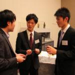 学生たちも積極的に企業の方とお話ししました