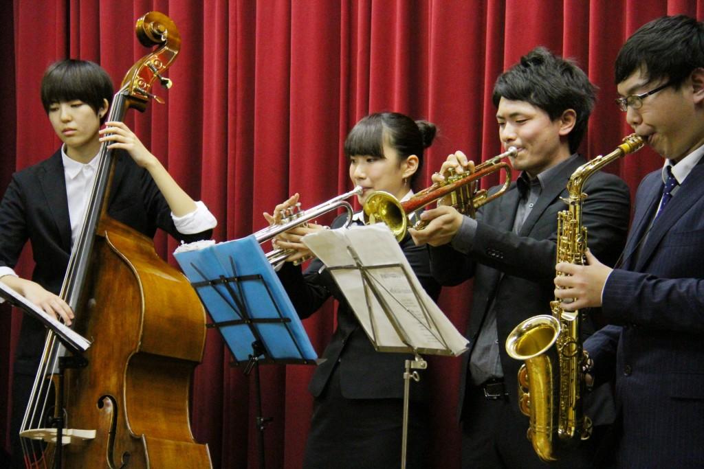 Jazz Quest による本格的な演奏
