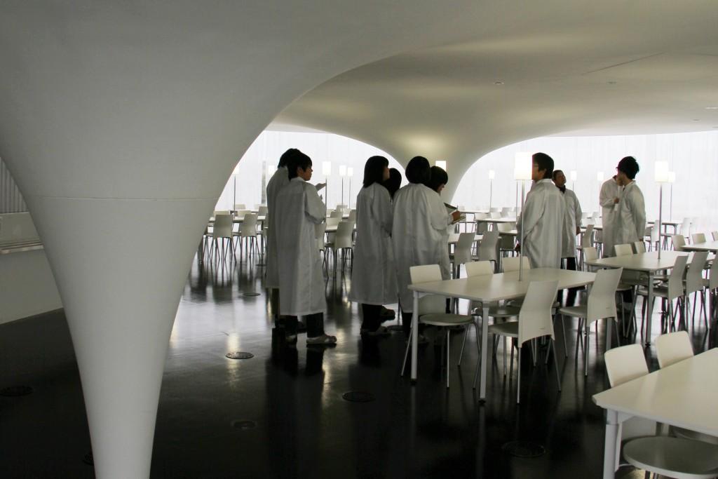 ナミックスさまの個性的な社員食堂