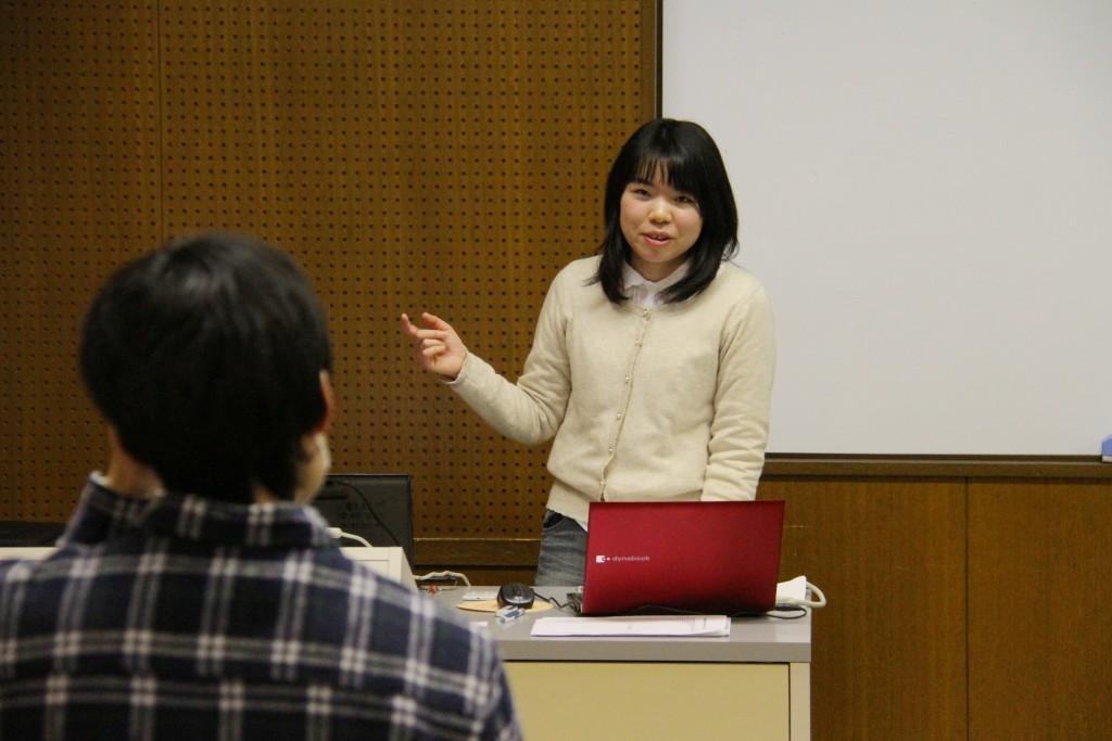 笠原さんの卒業論文発表