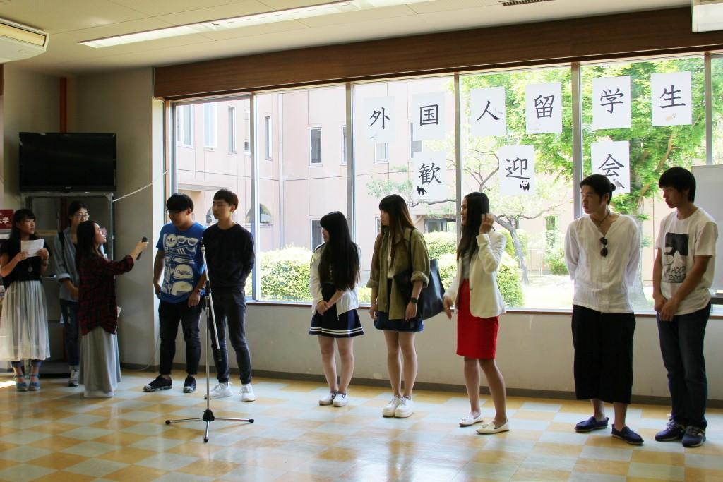 20160519新入外国人学生歓迎会04