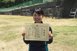 優勝した小林舞コーチ