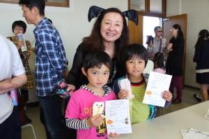 外山節子先生と子どもたち