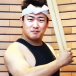 【卒業生リレー・エッセイ39】~和太鼓奏者として活躍する田村佑介さん~