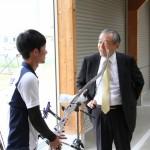 アーチェリー国体選手の激励にハードオフ山本社長が来学されました