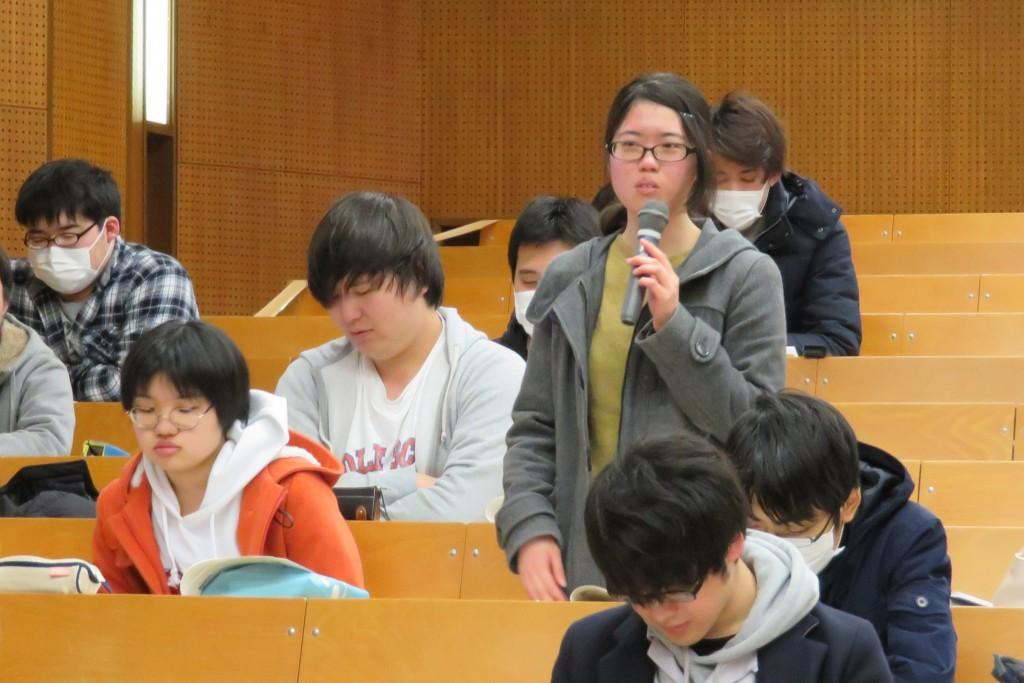 後輩の学生からも積極的な意見や質問がありました