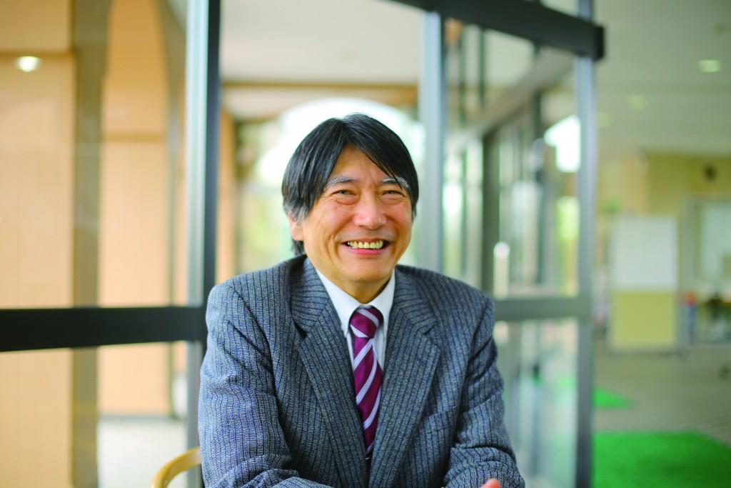 「ヨーロッパ近現代史」担当の丸畠宏太教授