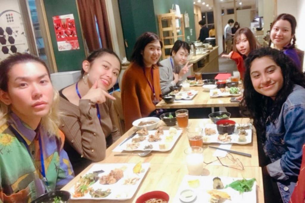 AYFには、多くのアジアの国や地域の若者が集まり、異文化を学び合いました
