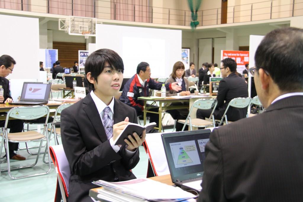 20190308学内合同企業説明会4
