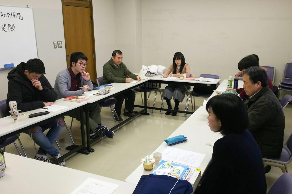 国家試験対策講座の中で、卒業生からの体験談を聞く機会を持ちました