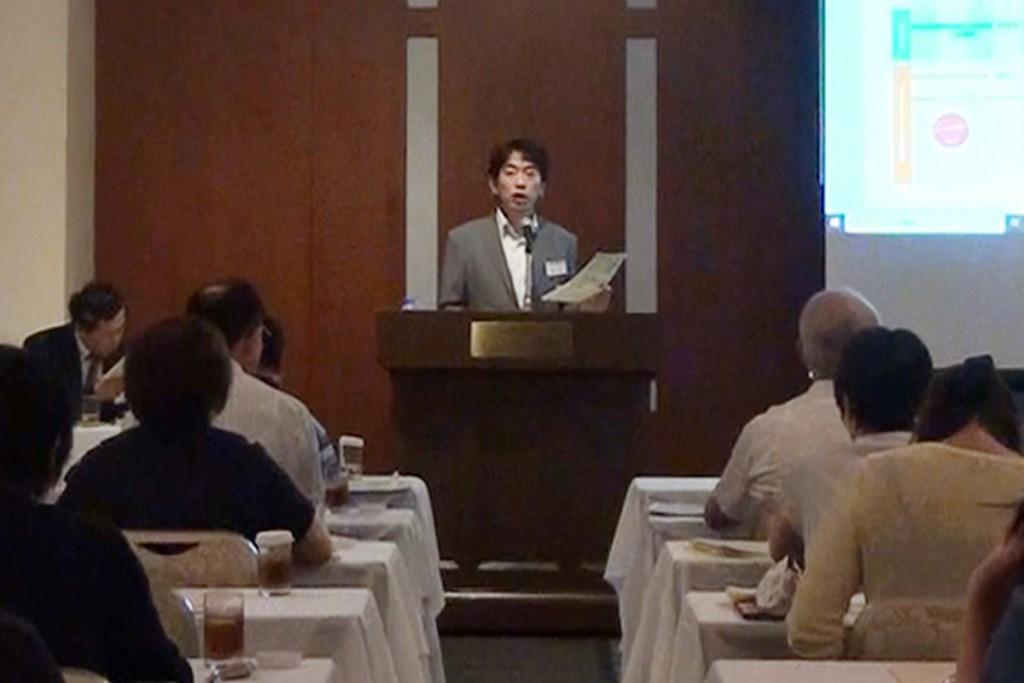 藤本就職委員長「本年度の就職状況と本学の就職指導について」