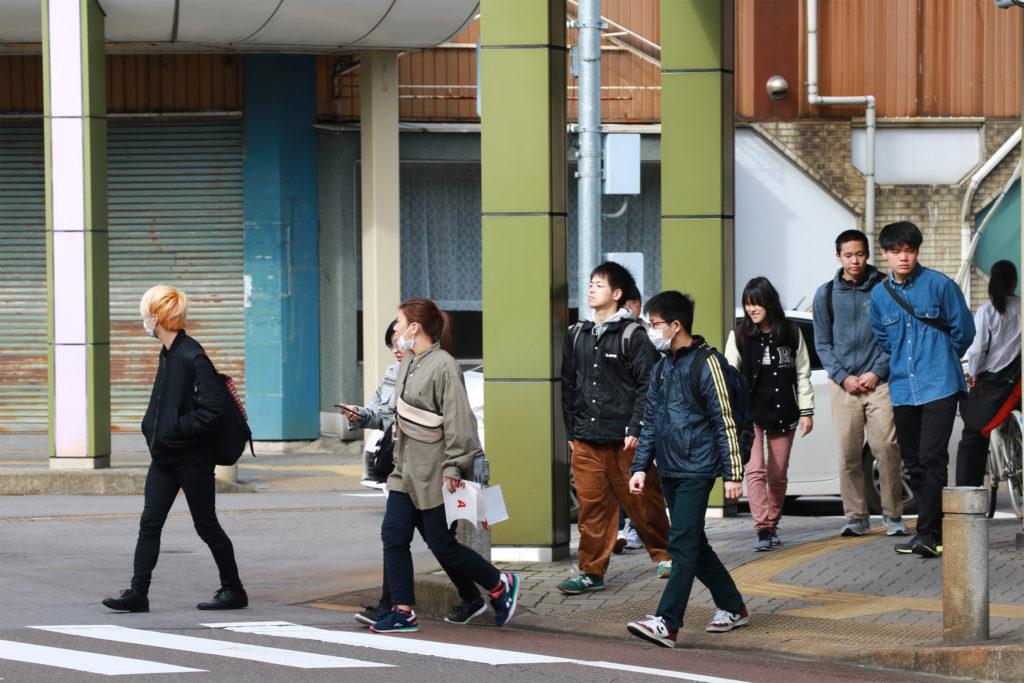 新発田市内をグループに分かれて散策しました