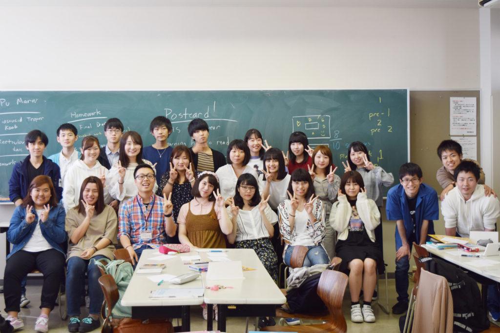 『YEARBOOK』を制作したフィル・クラスの学生たち