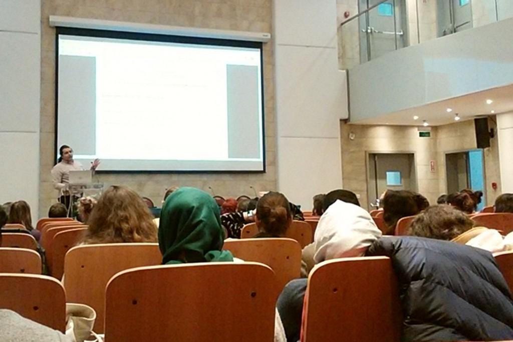 ボアズィチ大学での学会の様子、他の学生たちの発表にも熱心に耳を傾けました
