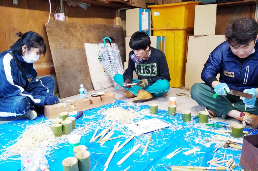 竹のカップホルダーなどを制作