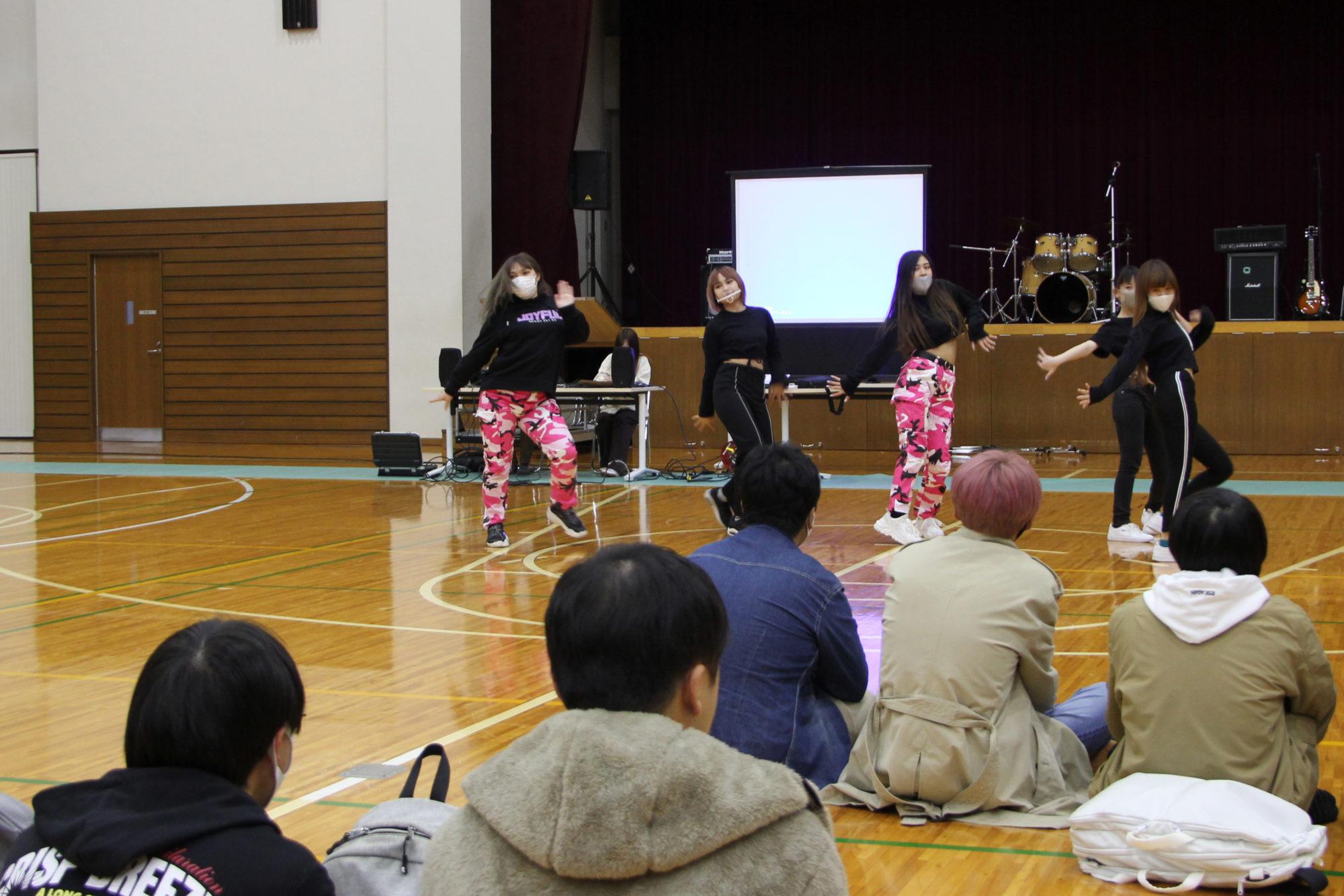 国際ダンスサークル