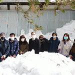 新発田市「清水園」の景観を守るため学生が除雪作業を行いました