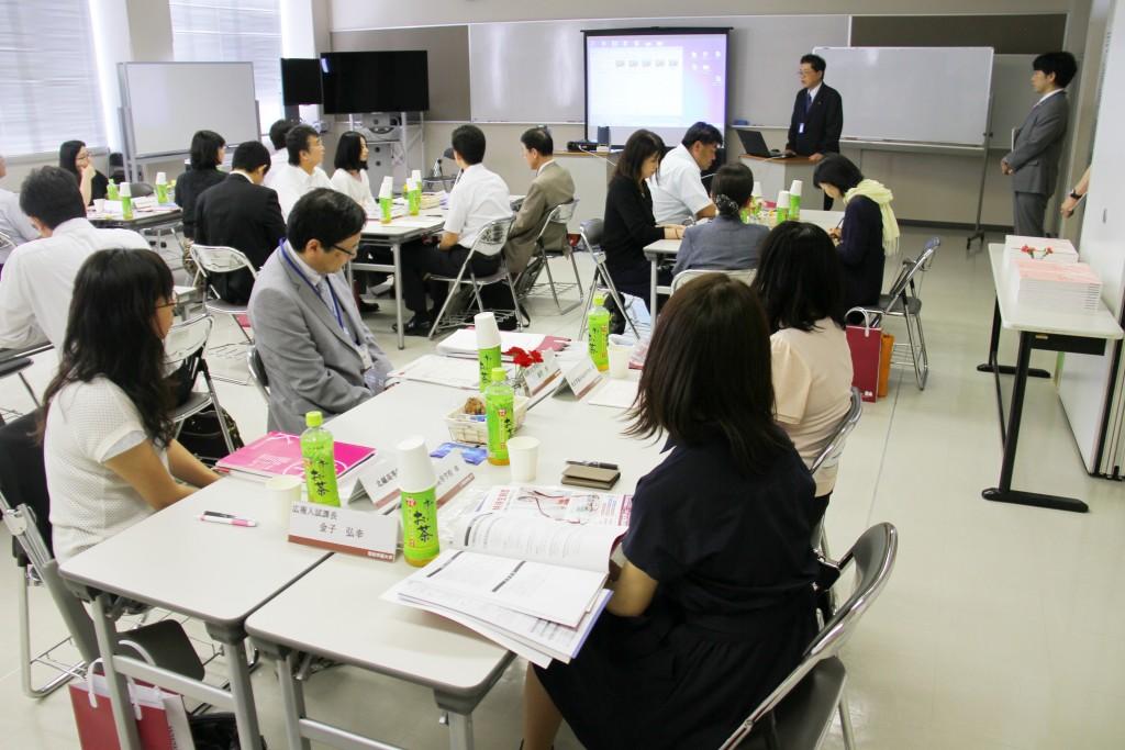 進学説明会、オレンジ会総会、合同研修会などが開かれました