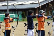 【敬和スポーツ】北信越学生アーチェリー対抗戦 男女個人、女子団体で優勝