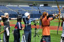 【敬和スポーツ】ハードオフ杯アーチェリー選手権 女子の部で優勝