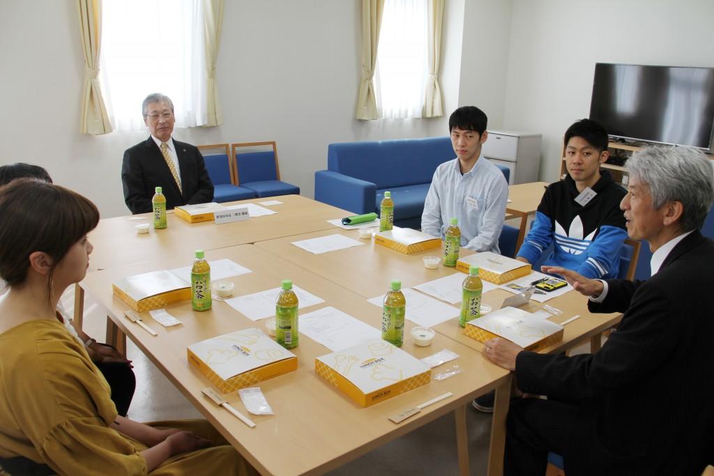 新発田市長と学生との昼食懇談会(パワーランチ)